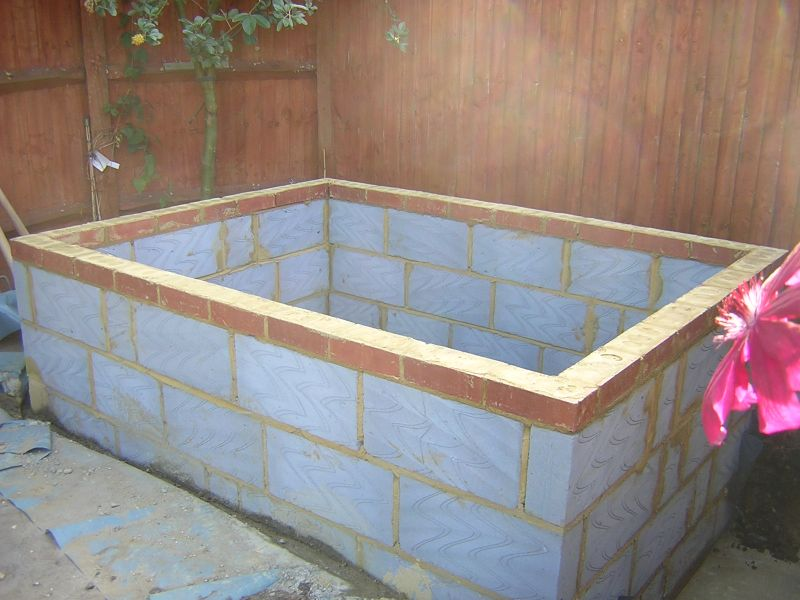 Build A Hot Tub With Cinder Blocks